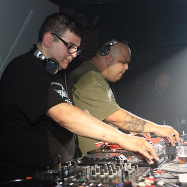 Review of DJ Sneak & Doc Martin B2B at Mint Warehouse Leeds - September 2012