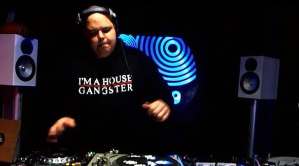 DJ Sneak - House Gangster